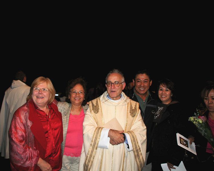 Roseanne Sullivan OCDS, Victoria Bernandez OCDS aspirant, Vicar General Arostegui, Jun and Myrna Hilo OCDS,  Lourdes Reyes (OCDS).