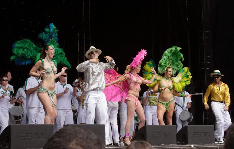 Brazilian dancers Carnaval del Pueblo Burgess Park London 2009