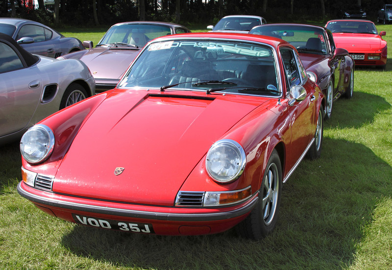 1970 Porsche 911 T Coupe at Silverstone Classic July 2012