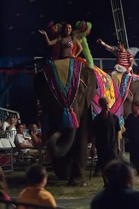 Carson & Barnes Circus 090111-2397