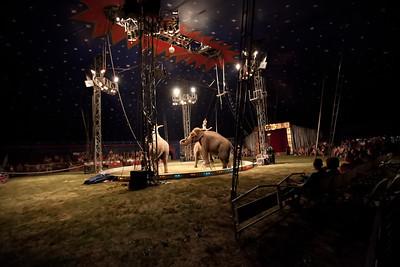 Carson & Barnes Circus 090111-2052