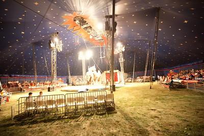 Carson & Barnes Circus 090111-2050