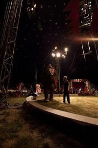 Carson & Barnes Circus 090111-2044