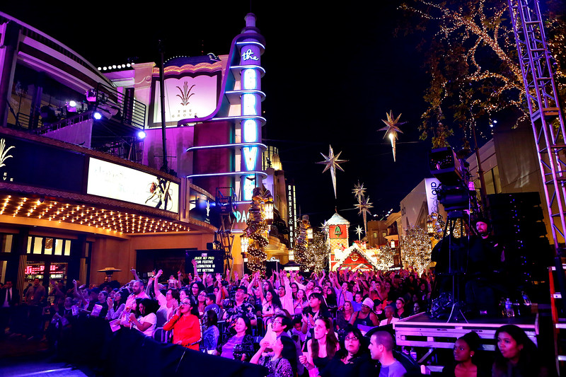 The Grove Hosts Dancing with the Stars Live Finale