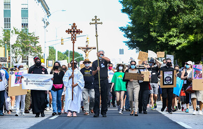 Catholics March for Justice