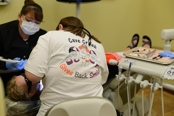 Cave Creek Gives Back Smiles