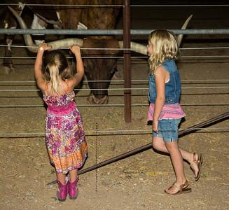 Leila & Riley w Bull 1384