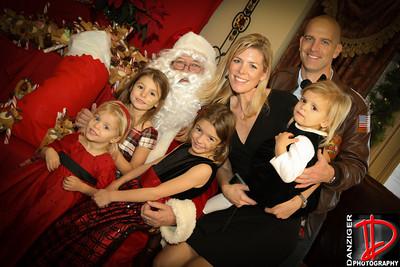 Cedar Ridge Santa 12-11-10