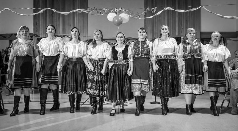 Rusínsky Silvester 2015, Ples folklórneho súboru Karička spojený s rusínskymi tradíciami. San Diego CA