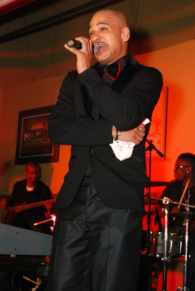 Chico Debarge