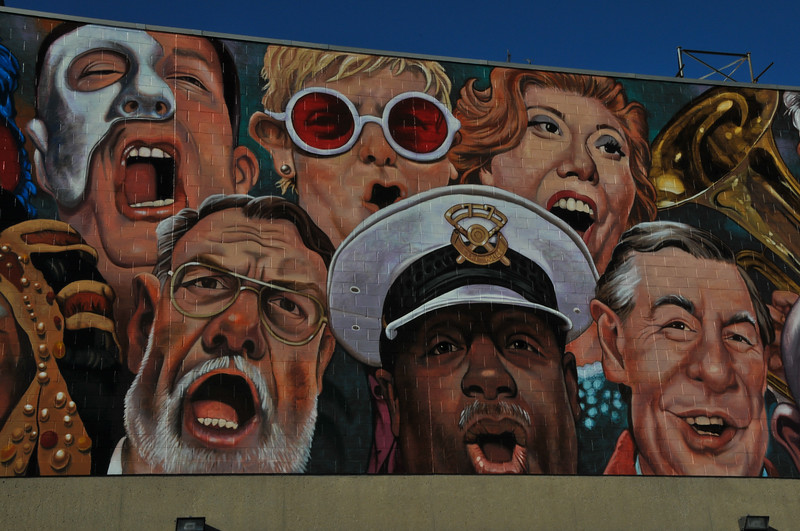 Central Mural-3348