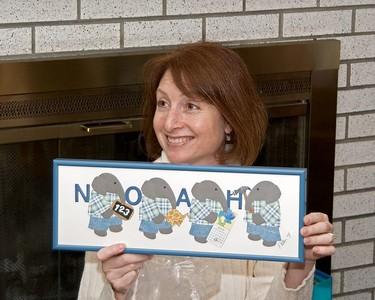Karen opens Noah's gift   (Nov 26, 2004, 03:15pm)