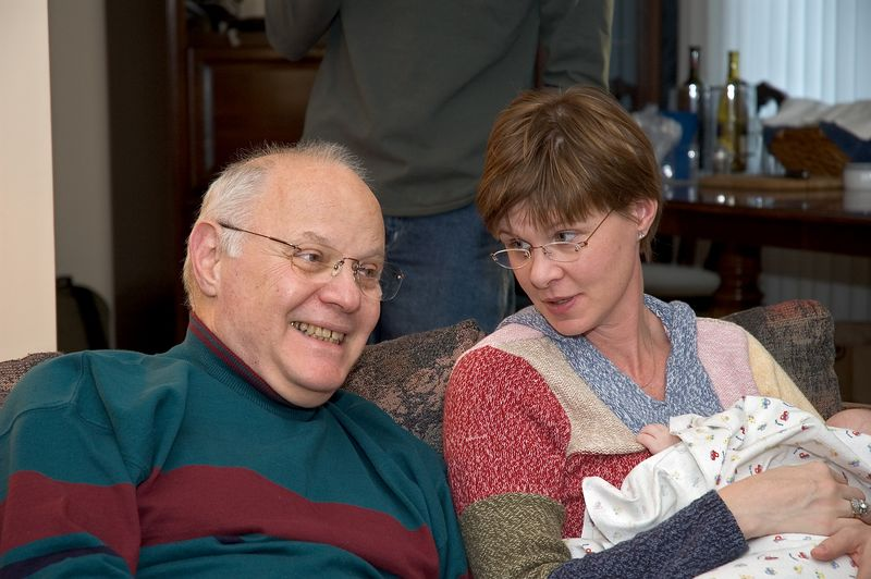 <b>Dr. Larry and Erin share a laugh</b>   (Nov 26, 2004, 03:21pm)