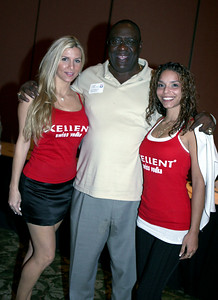 DOLPHIN GREAT LARRY LITTLE WITH XELLENT GIRLS