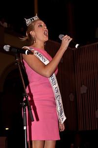 Miss DC 2009 Jennifer Corey sings the National Anthem