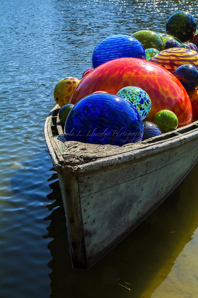Float Boat (Chihuly Exhibit)