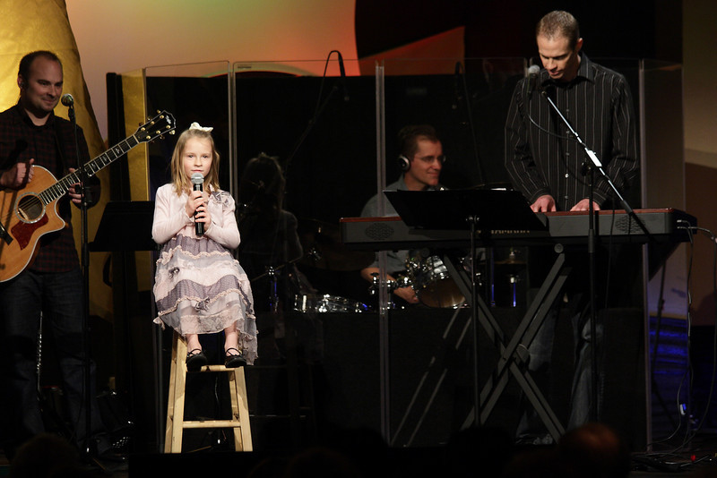 <center>Greg Bradbard & daughter</center>