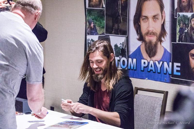 Tom Payne - Jesus from The Walking Dead.