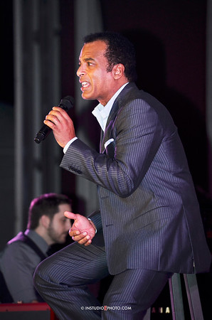 Chillounge with Jon Secada Feb 14, 2013