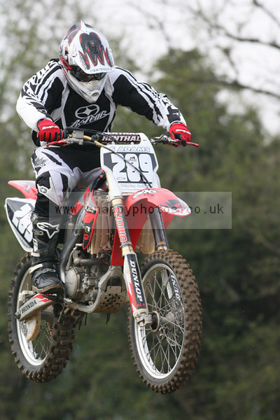 """<h2>Click <a href=""""/motocross/"""">Here</A> for the Photos</h2>  <h3>Stop Press: Canvas prints now available </h3> You can <strong>buy prints or digital downloads</strong>, add photos to cart for prices.  If you are having trouble with the site or if you have any other questions please mail jeffa@snappyphotos.co.uk."""