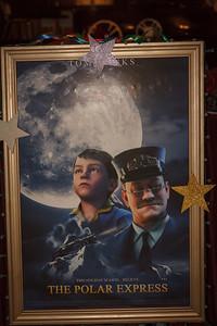 002_CD Xmas at Movies_120116_0273
