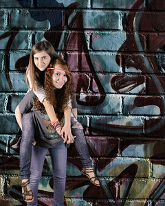 Taylor&Kelli