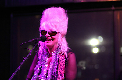 Christine Ohlman  Beehive Queen Copyrt 2015 m burgess