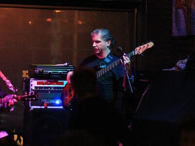 Michael Bass Guitarist (Christine Ohlman + Rebel Montez Band) copyrt 2014 m burgess