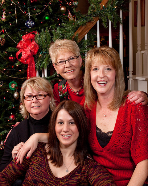 Phyllis, Linda, Lee Ann, and Amiee