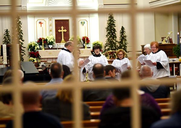 1226 christmas worship 8