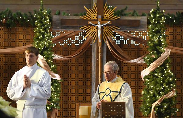 1226 christmas worship 7