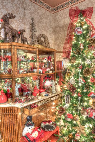 Caswell-Christmas-3954_5_6_7