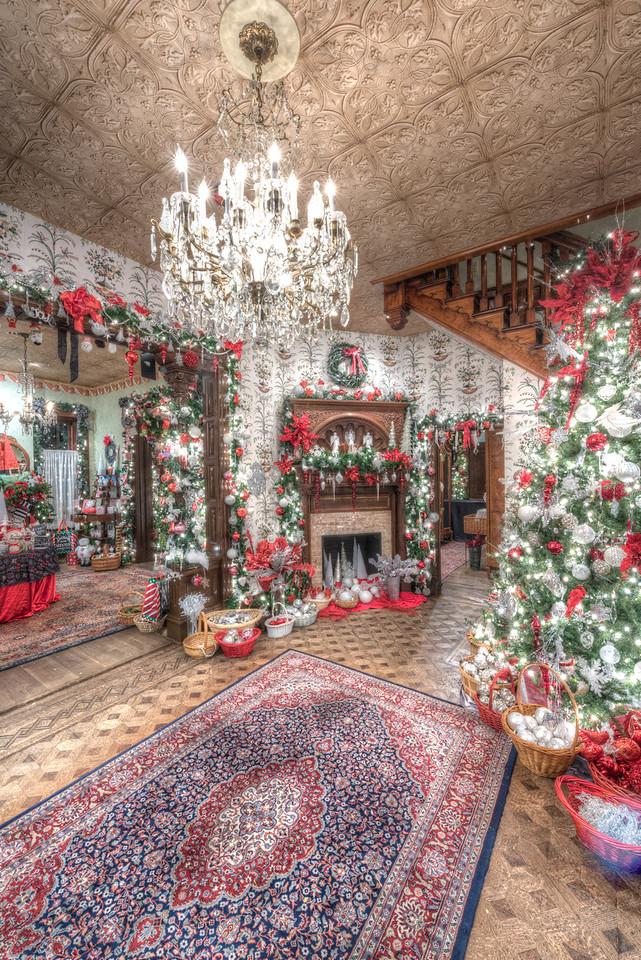 Caswell-Christmas-3997_3998_3999_4000