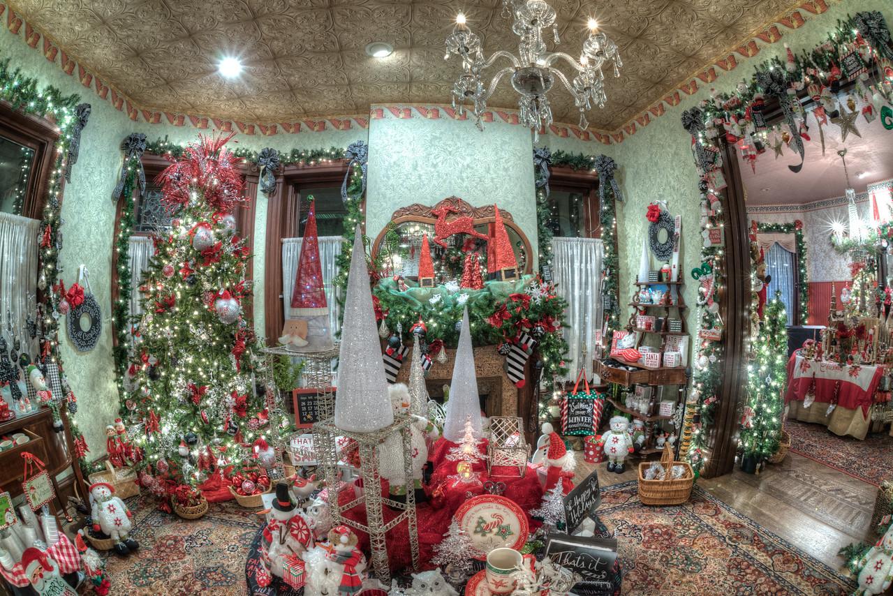Caswell-Christmas-4011_2_3_4_5