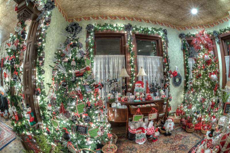 Caswell-Christmas-4026_27_28_29_30