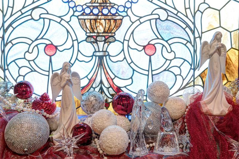 Caswell-Christmas-3941_2_3_4
