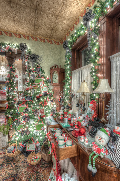 Caswell-Christmas-3989_90_91_92