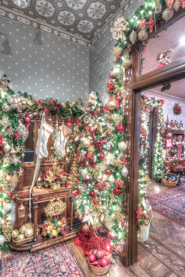 Caswell-Christmas-3958_59_60_61_62