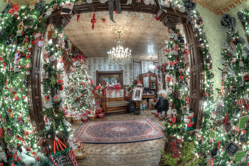 Caswell-Christmas-4021_2_3_4_5