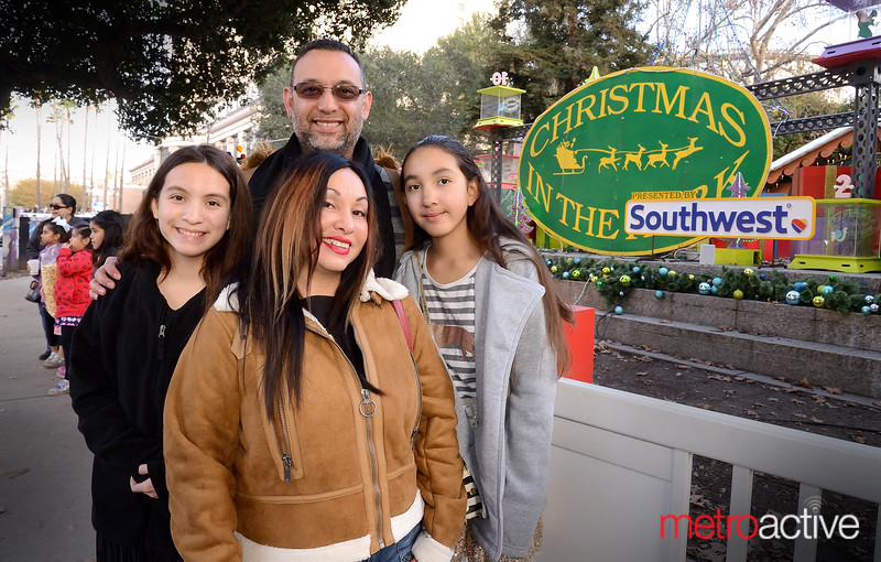 PHOTOS: Sunday at Christmas in the Park