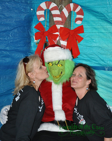 Christmas in the Park - Pictures with the Grinch
