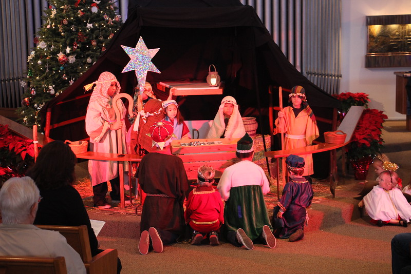 Childrens xmas program-2014-11