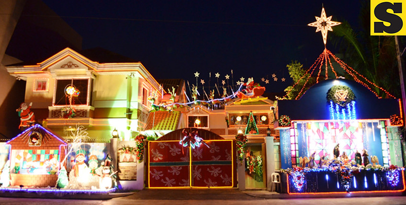 Colorful Christmas lights and decorations adorn the residence of businessman Jerry Sy on San Agustin St., Bacolod City. (Photo by Archie Rey Alipalo of Sun.Star Bacolod)