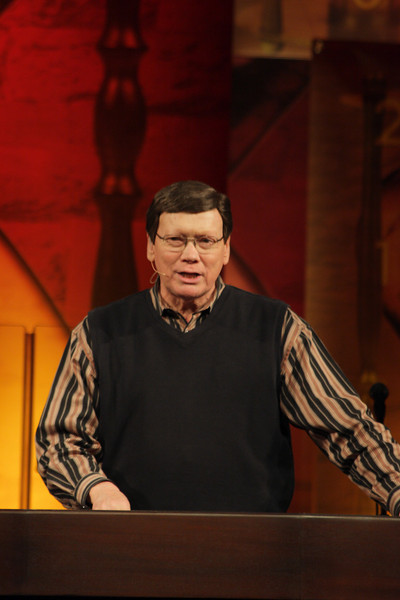 Ed Hindson
