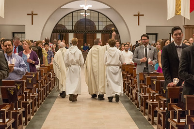 Sprinkling of congregation with Holy Water following the renewal of baptismal vows