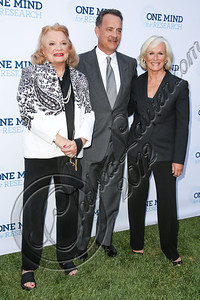BEVERLY HILLS, CA - SEPTEMBER 19:  (L-R) Actors Gena Rowlands, Tom Hanks and Glenn Close attend the Circle of Hope dinner and entertainment gala at Beverly Hills Hotel on September 19, 2012 in Beverly Hills, California.  (Photo by Chelsea Lauren/WireImage)