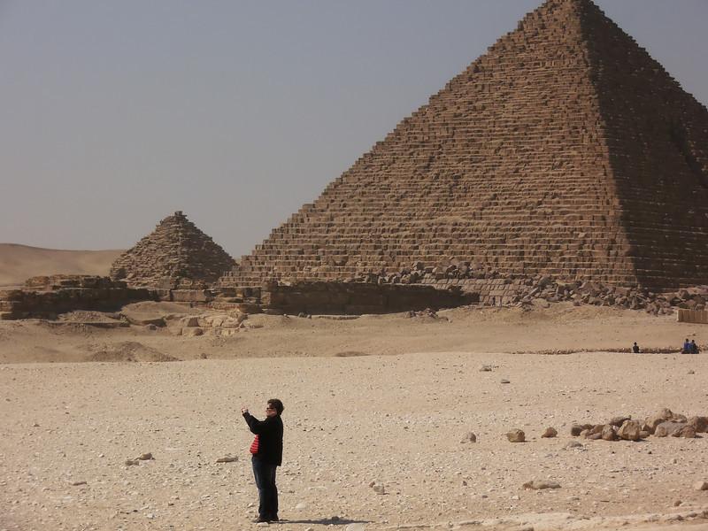 The Pyramid of Kafhre and Menkaura, Johann