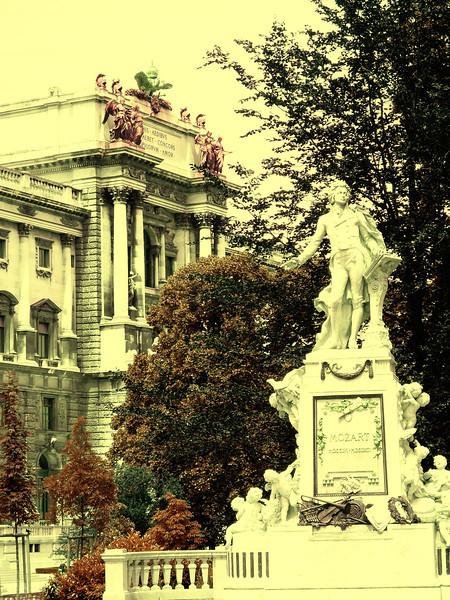 Wolfgang Amadeus Mozart im Burggarten