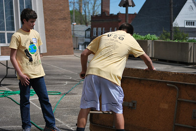 CitySERVE 2013: 500+ volunteers launched from Lutheran West High School to serve at 40 Cleveland area shelters, urban churches, schools, and social agencies.   Service location: St. Augustine
