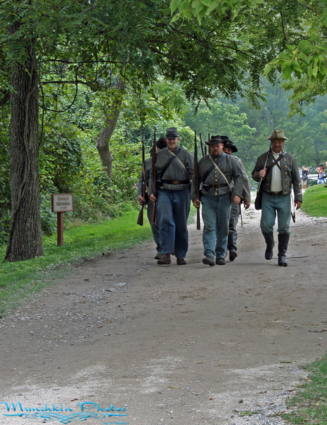 patrol of confederate soldiers
